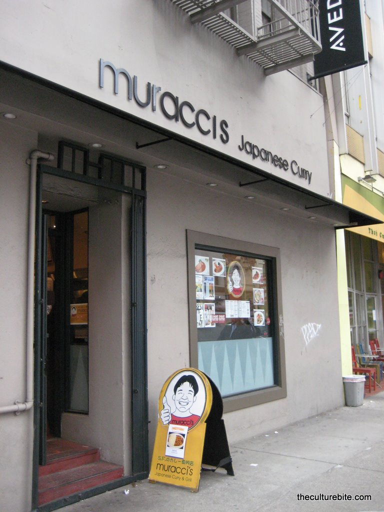 Muraccis Storefront