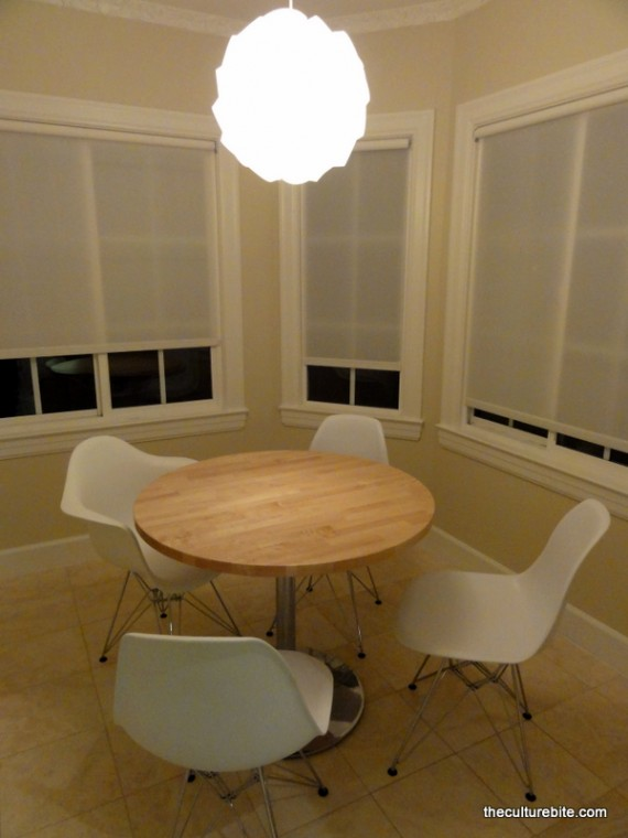 The Axis Table with Plastic Molded Chairs